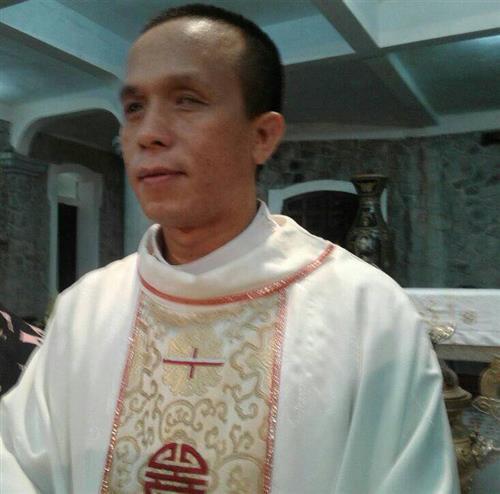Vị linh mục mù đặc biệt nhất Việt Nam
